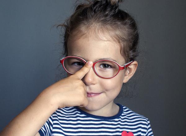 Στραβισμός στα παιδιά και πώς διορθώνεται