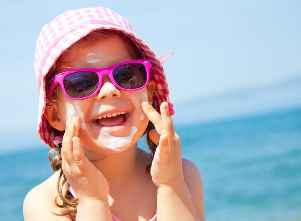 Ηλιακή προστασία: Κάντε τον ήλιο φίλο των παιδιών