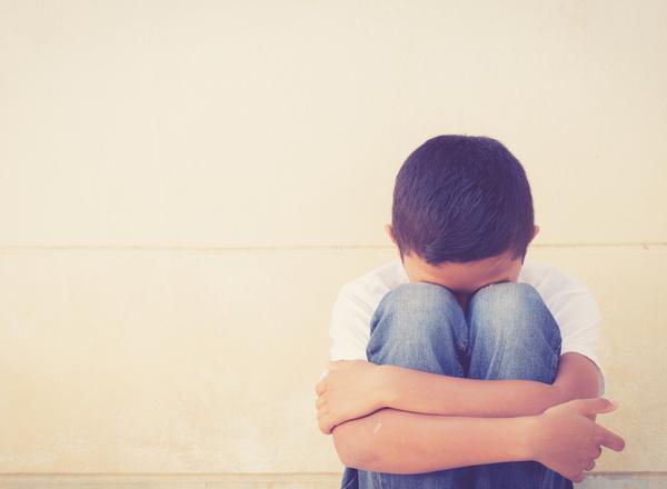 BULLYING: Τα σημάδια που πρέπει να αναγνωρίζουν οι γονείς