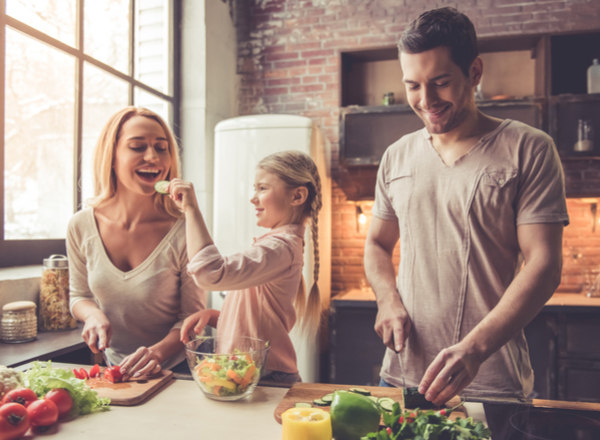 Χρήσιμες συμβουλές για το κοινό γεύμα της οικογένειας!